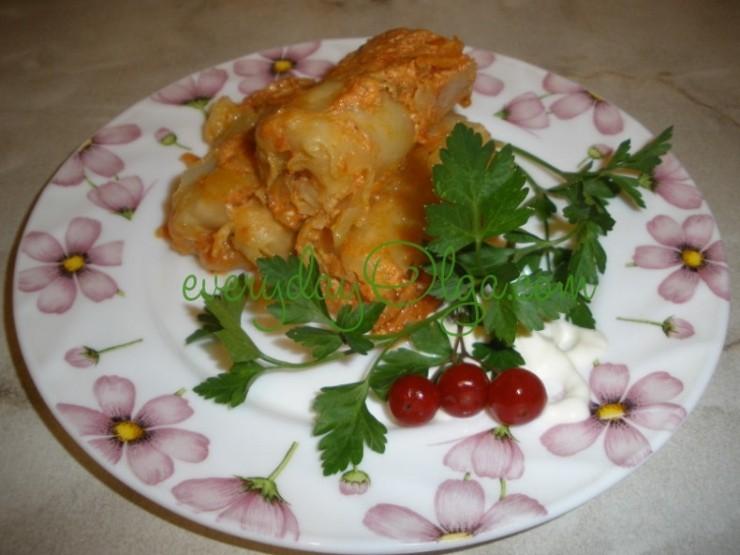 голубцы с мясом и рисом в кастрюле