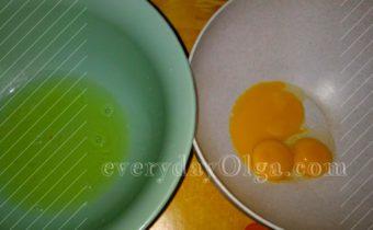 отделение желтков от белков для творопыша